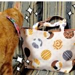 ドット猫柄のミニトート、メガネケースをブログに掲載していただきました!